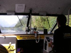 ミルフォードトラックモーニングハイキング