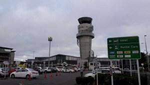 クライストチャーチ空港レンタカー駐車場