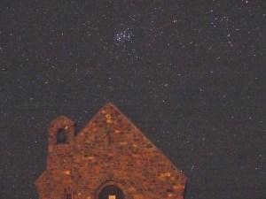テカポ良き羊飼いの教会とスバル10月8日AM03時撮影