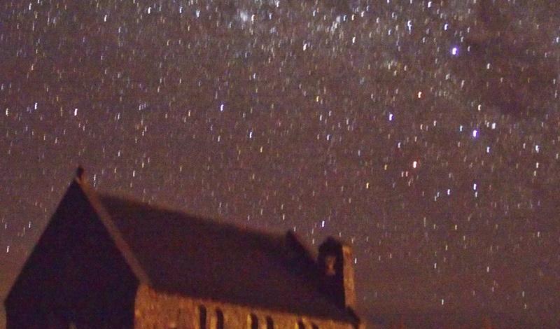 テカポの星空と良き羊飼いの教会