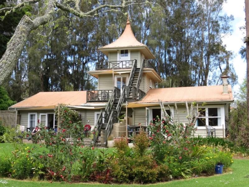 Pagoda Lodge & Camping
