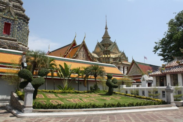 what it costs to travel in thailand