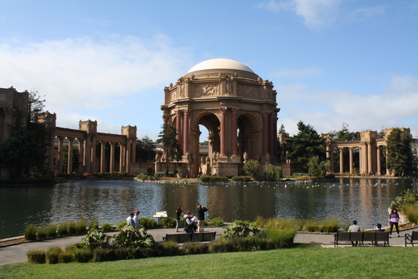 Palace of the Fine Arts - San Francisco marina