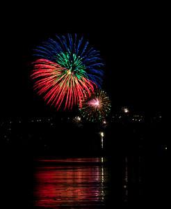 Fireworks_2011-11-05_20-22-33__DSC4675_©RichardLaing(2011)