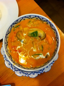Pineapple mussel curry