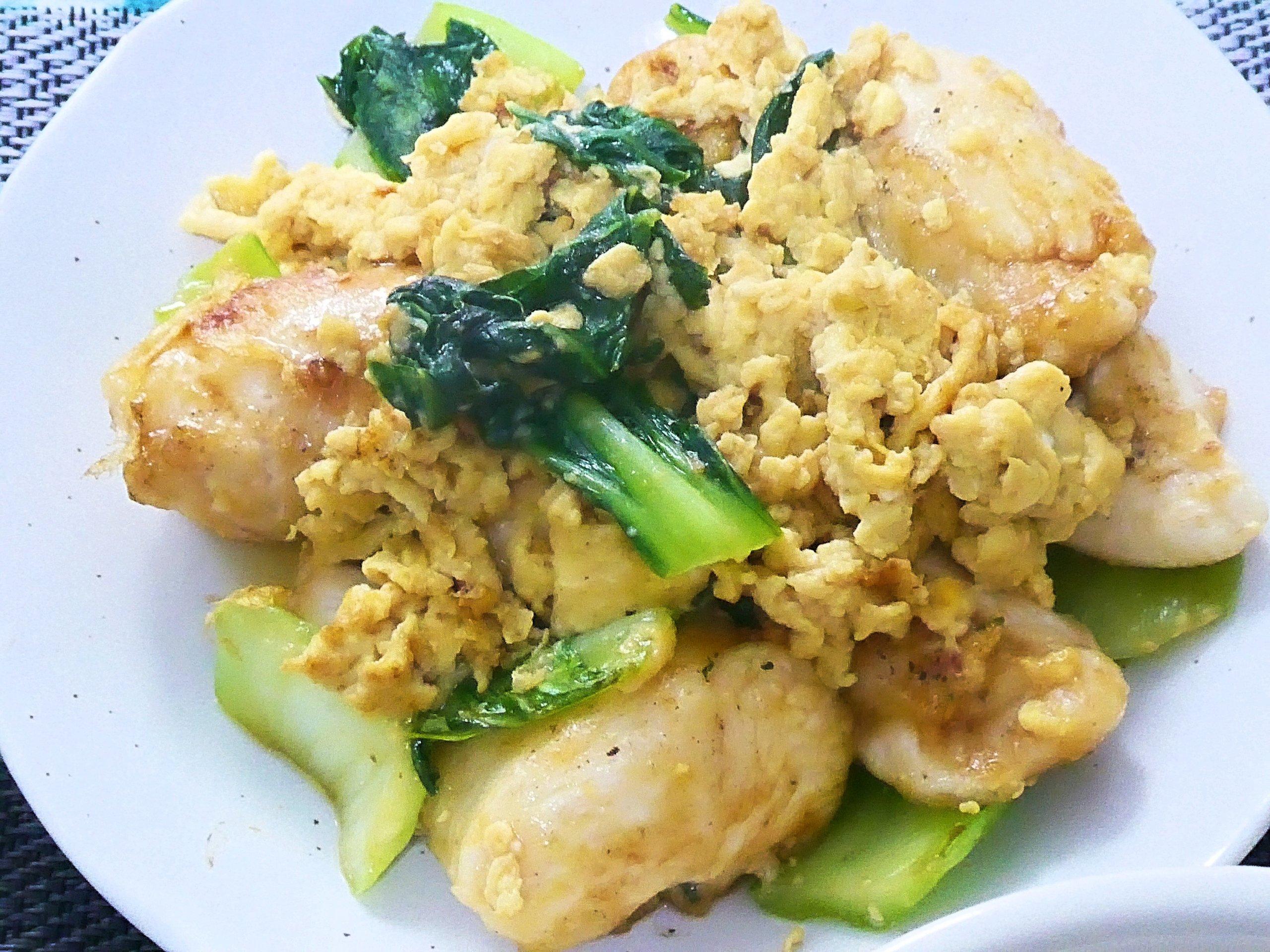 鶏胸肉とチンゲン菜の玉子炒め