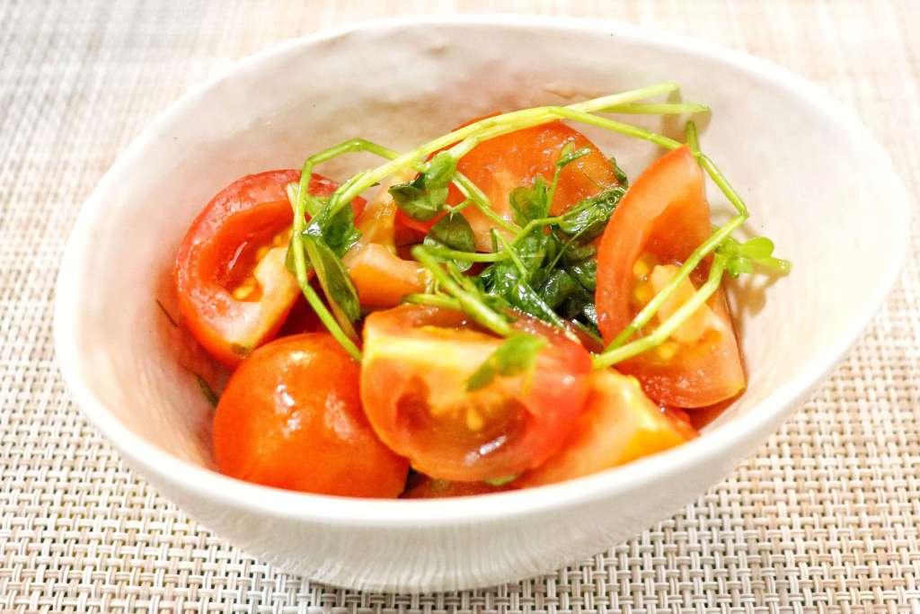 ミディトマトと豆苗の塩麹マリネ