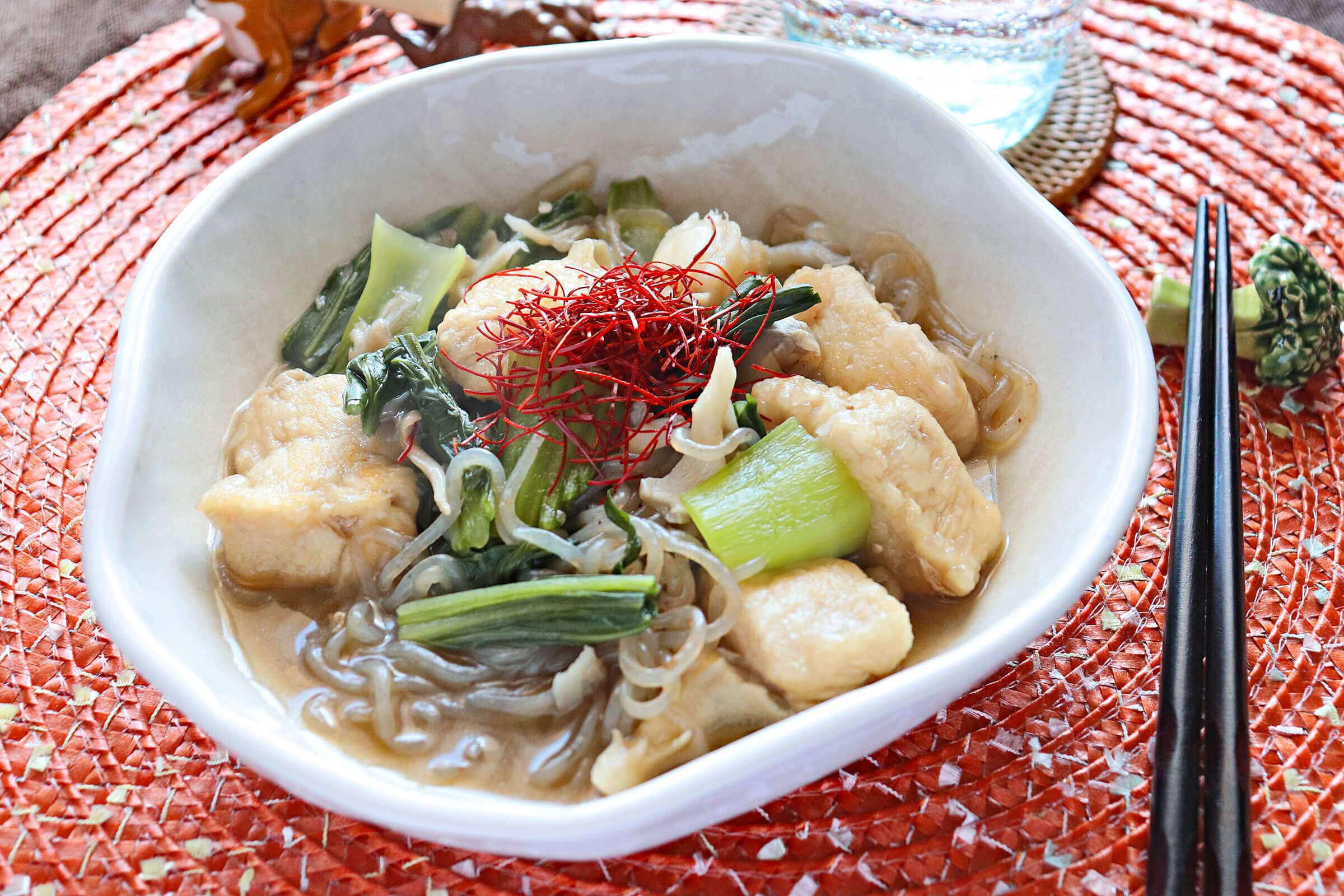 鶏胸肉とチンゲン菜の中華風すき焼き