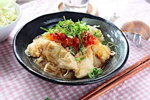 鶏胸肉と玉ねぎのレンチンしらたき冷麺風