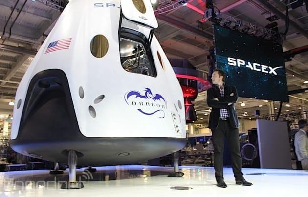 SpaceX deve aspettare fino alla metà del 2015 per offrire sui lanci del razzo dellaeronautica