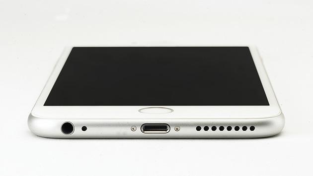 Qui è come gli accessori useranno il porto del lampo dei vostri iPhone
