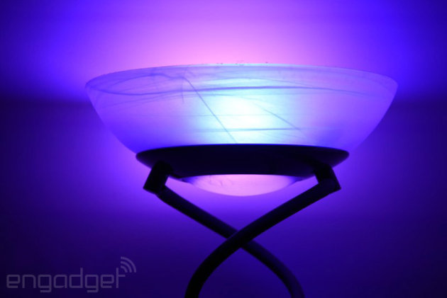 Tu Logitech Harmony podrá también apagar las luces antes de la película