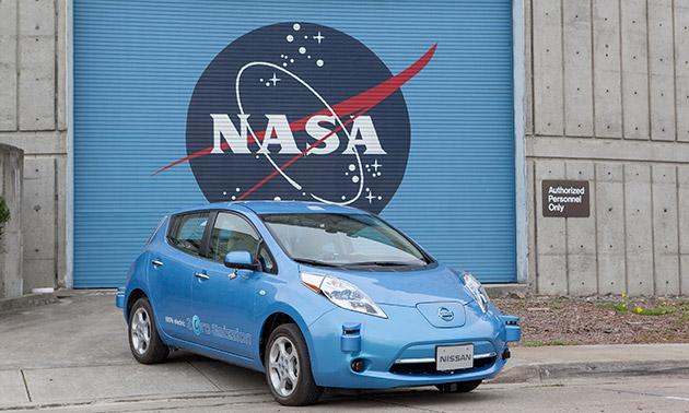 La NASA e Nissan collaborano per sviluppare lauto azionamento le automobili e dei girovaghi dello spazio