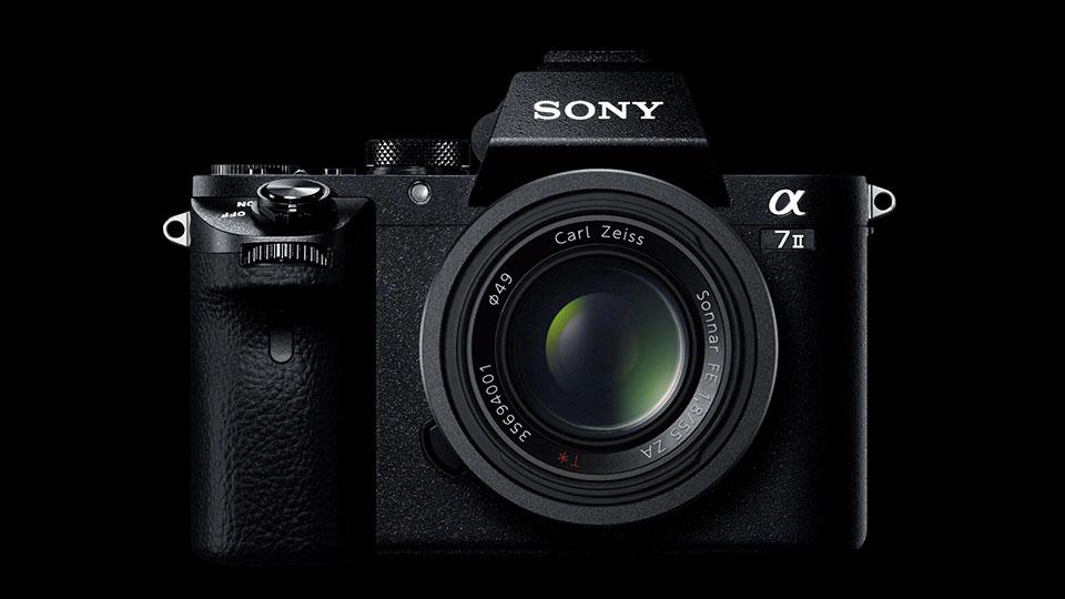 La macchina fotografica mirrorless del A7 II di Sony nuovo stabilizza i vostri colpi con tutta la lente