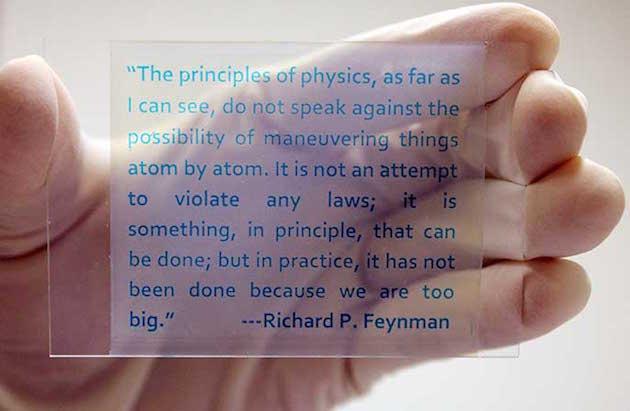 """La nuova """"carta"""" rewriteable dello scienziato realmente è fatta di vetro o di plastica"""