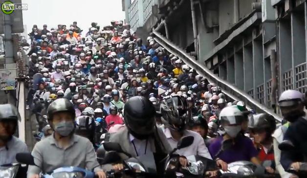 【ビデオ】驚愕! 台湾のスクーター渋滞がスゴすぎる!! - Autoblog 日本版