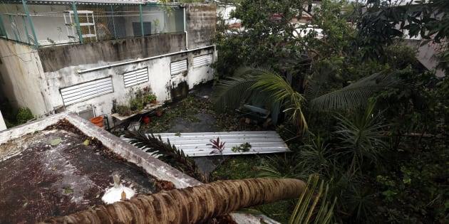 Vista de estropicios ocasionados por Irma en el barrio de Santurce, en San Juan (Puerto Rico), éste jueves.