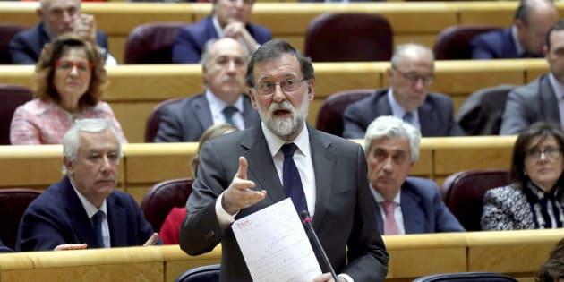 El presidenta del Gobierno, Mariano Rajoy, en el pleno en el Senado. EFE/Kiko Huesca