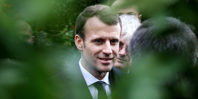 Quelle place Emmanuel Macron va-t-il réserver à la Corse dans la constitution?