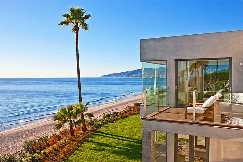 HomeDSGN's 20 Most Popular Dream Homes Of 2011