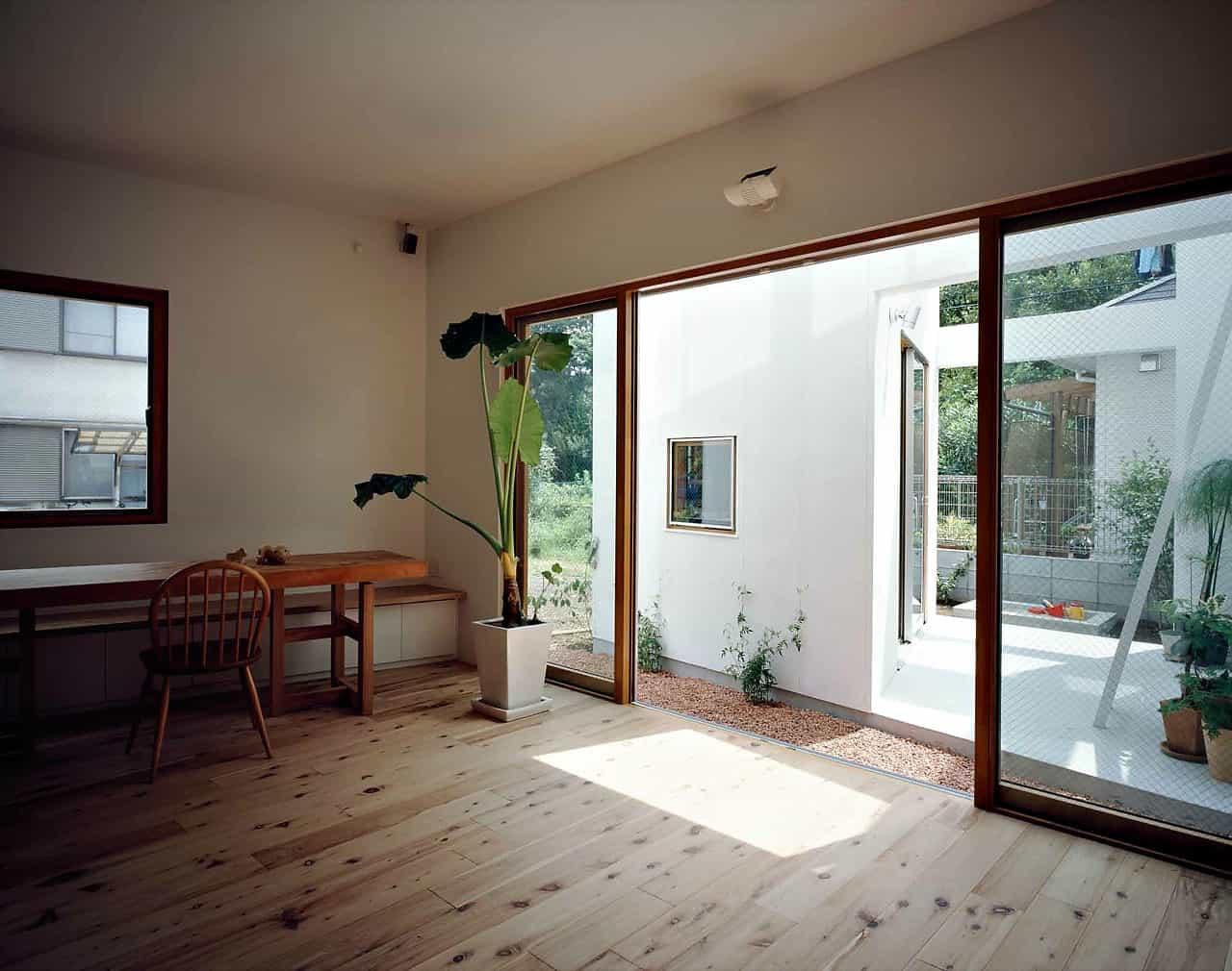 Back House Garden Design