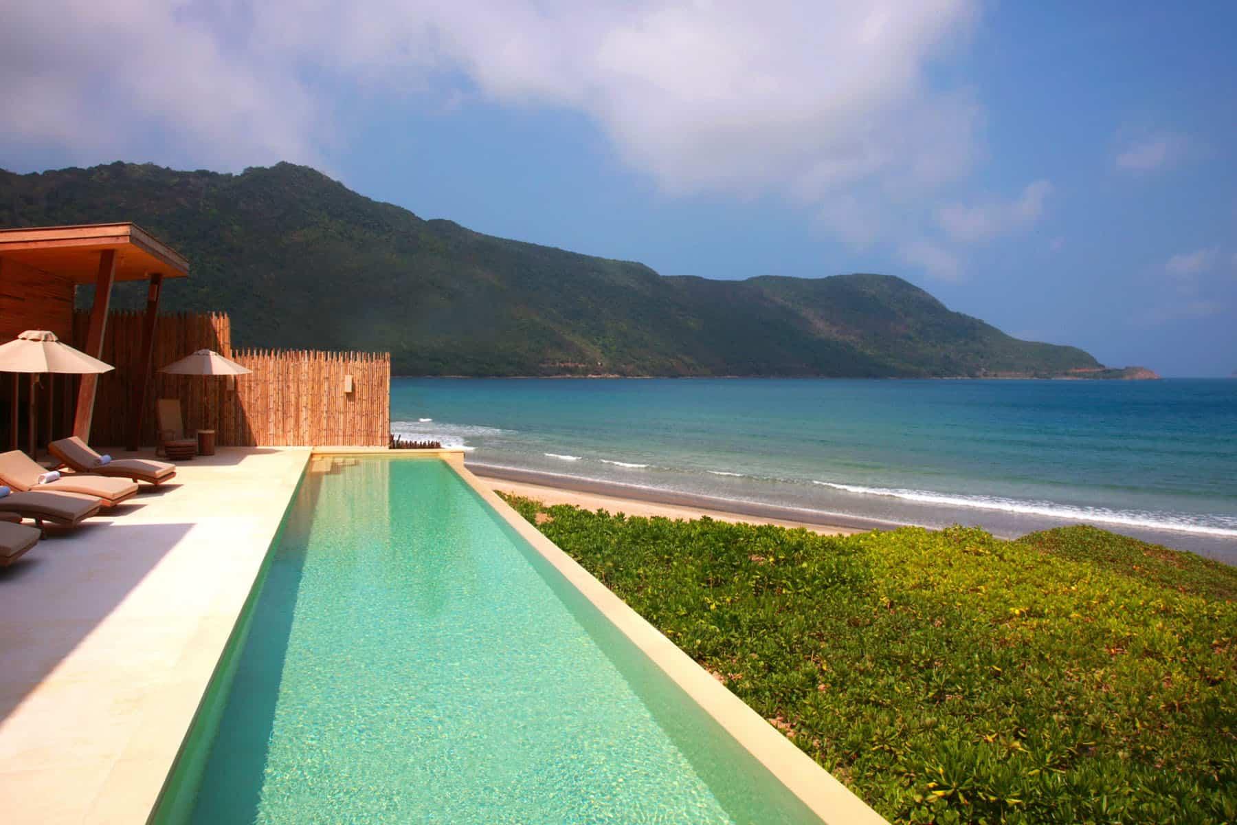 https://i0.wp.com/o.homedsgn.com/wp-content/uploads/2012/05/Six-Senses-Con-Dao-Resort-08.jpg