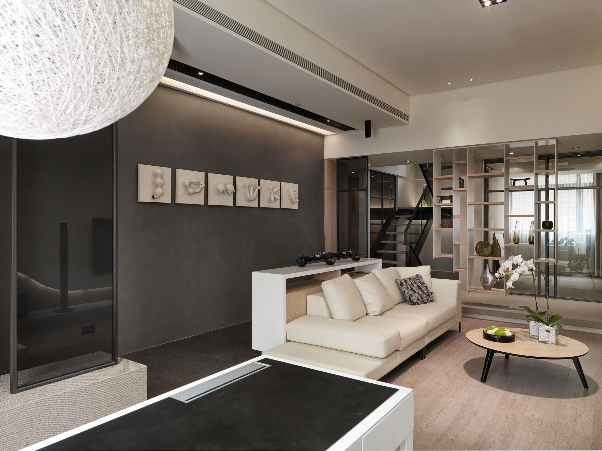 A Multilevel Contemporary Apartment by WCH Studio 6