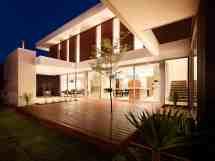 California Style House Interior Design