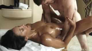 Sophia Calls Her Masseur To Give Her A Rub Down