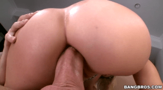 Deep Anal For Blonde Babe