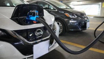 In a first, New York passes law banning new fossil fuel vehicle sales after 2034