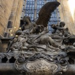 st vitus cathedral statue