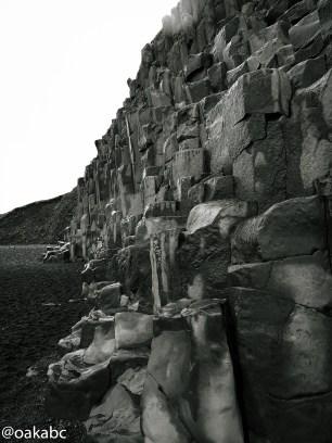 หินบะซอลท์ หาดสีดำ Reynisfjara