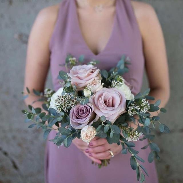 When the flowers and the dress are a perfect match!hellip