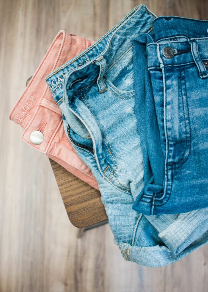 The best way to create a capsule wardrobe!!! Unlike Stitch Fix, we won't ship or send you a box of clothes. Instead, we equip you to make great clothing decisions. We'll walk you through a 4 -6 step process, including a closet cleanout, to build an individualized capsule wardrobe unique to your colors, style and life. #closetcleanout #beatfastfashion #capsulewardrobe