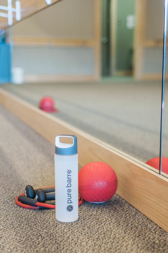 5 Tips for Pure Barre Newbies (like I was once!!) Pure Barre Tips. Pure Barre for beginners. What is pure barre?