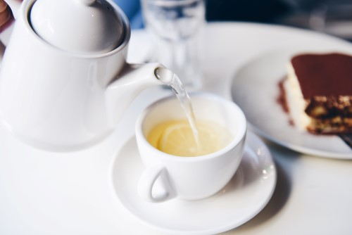 The best mint tea -oakfive.com photo cred suhyeon-choi-193186-unsplash (Custom)