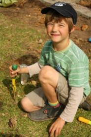 Grade-1-Gardening-Outing (13)
