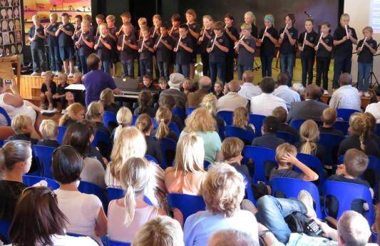 Lunch-Hour-Concert-2015 (1) (Copy)
