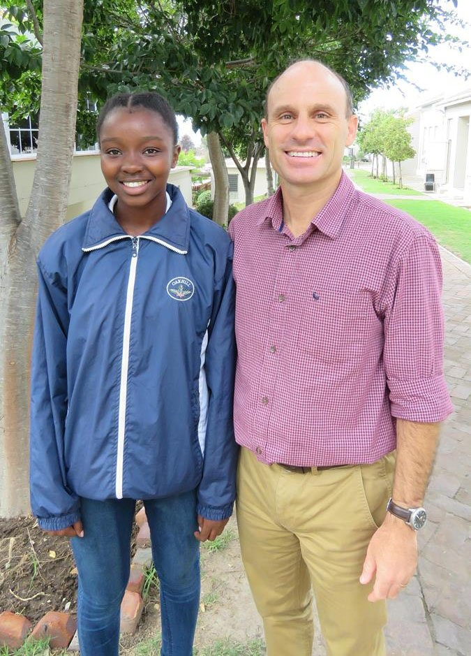 2. Indiphile Witbooi with Head of School, Jannie de Villiers