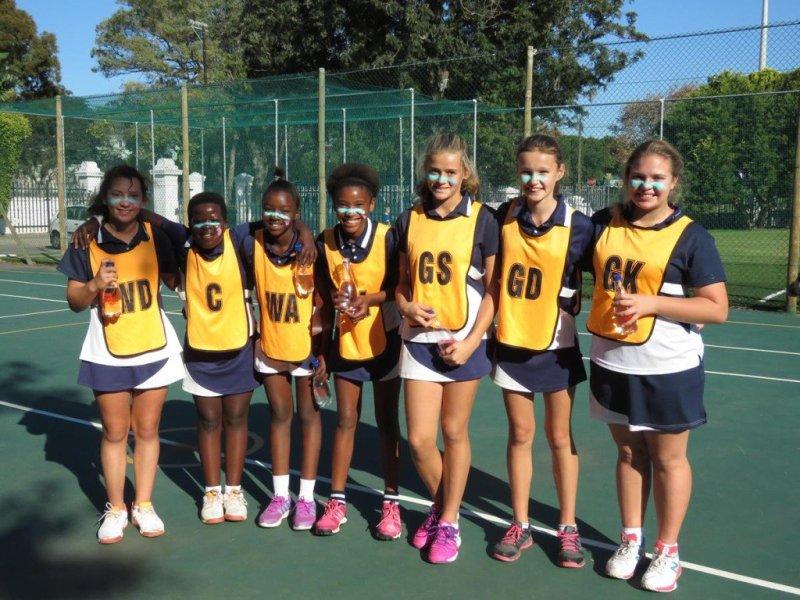 U13 Oakhill Netball team (Copy)