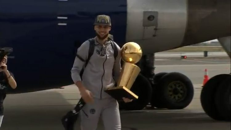 Warriors Arrive Home In Oakland On Saturday, Bring 2018 NBA Championship Trophy