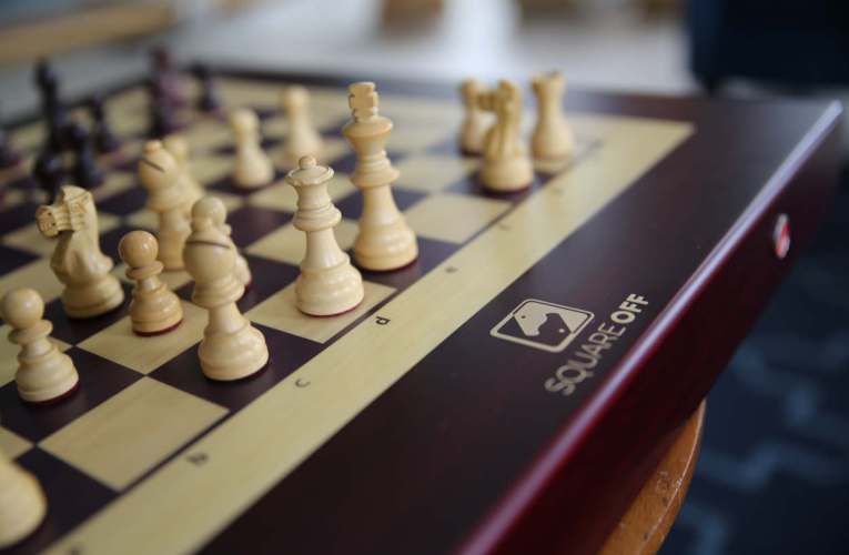 CES Las Vegas 2019: Square Off Is World's First Telerobotic Chess Board