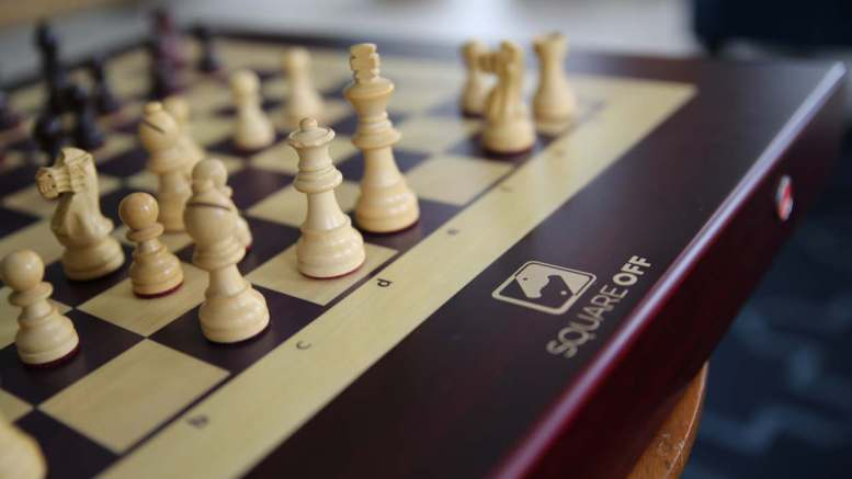 CES 2019 Square Off Chessboard