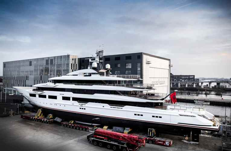 Oceanco Launches Superyacht DreAMBoat