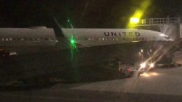 united airlines b737 sfo to atla - United Airlines B737 SFO To Atlanta And Port Of Oakland Flyover