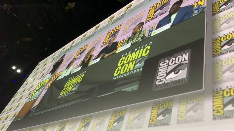 ‪star Trek Discovery Cast Panel At San Diego Comic Con 2019 Vlog 2