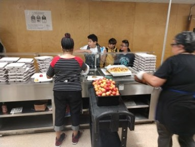 Serving OUSD Students Lunch