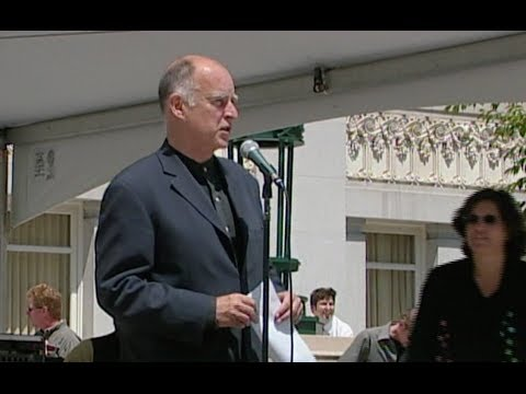 Jerry Brown As Mayor Of Oakland (youtube)