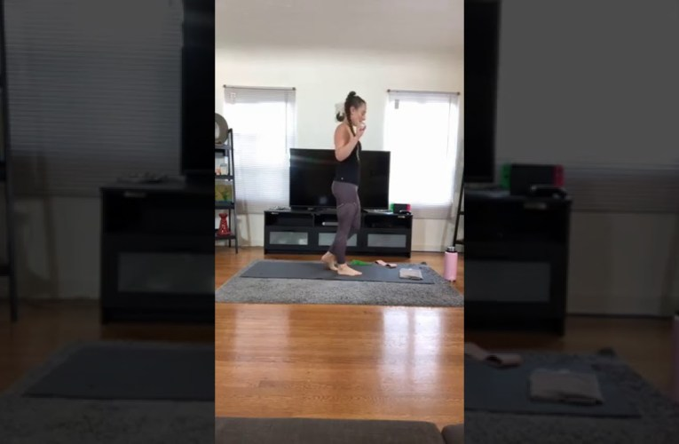 Oakland Truve Fitness 30 HIIT / 30 Stretch With Trainer Alison